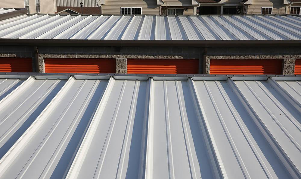 Self storage reflective and insulated roofs make sure your possessions are safe in St. Louis, MO