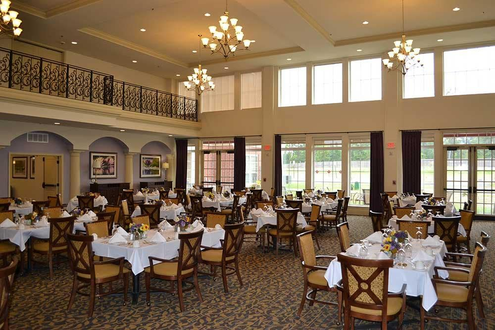 The dining room at Discovery Village At The West End