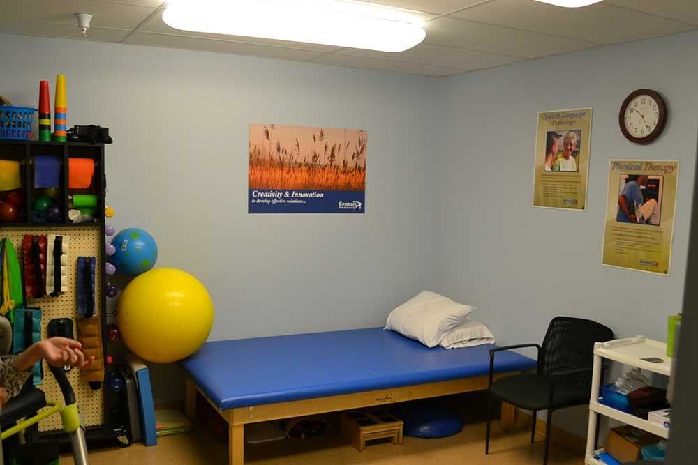 Physical therapy services are offered onsite at Discovery Village At The West End