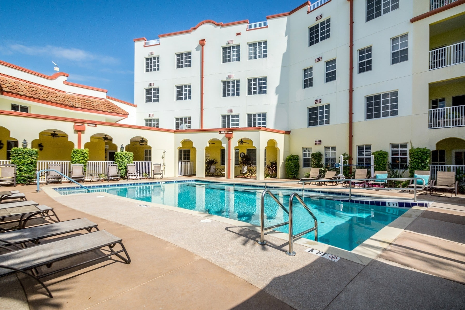 Resort-style pool at our senior-living community in Melbourne