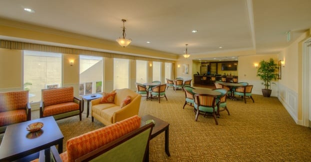 Senior living in Fort Myers features a lounge