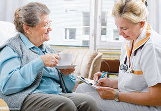 Senior living nurse in Fort Myers