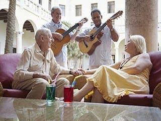 Lifestyle options for senior living residents in Naples