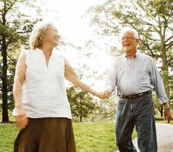 Enjoy comfortable senior living at Discovery Village At Naples in Naples