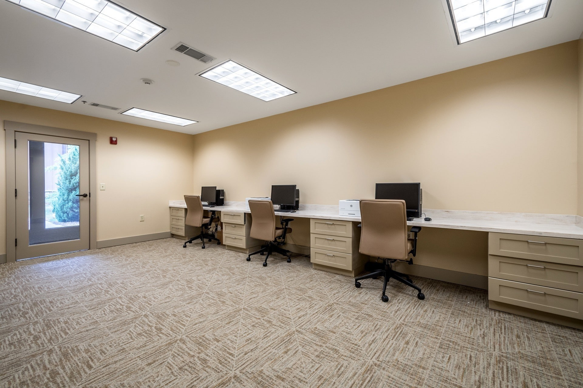 Computers are available any time in our Suwanee senior living community