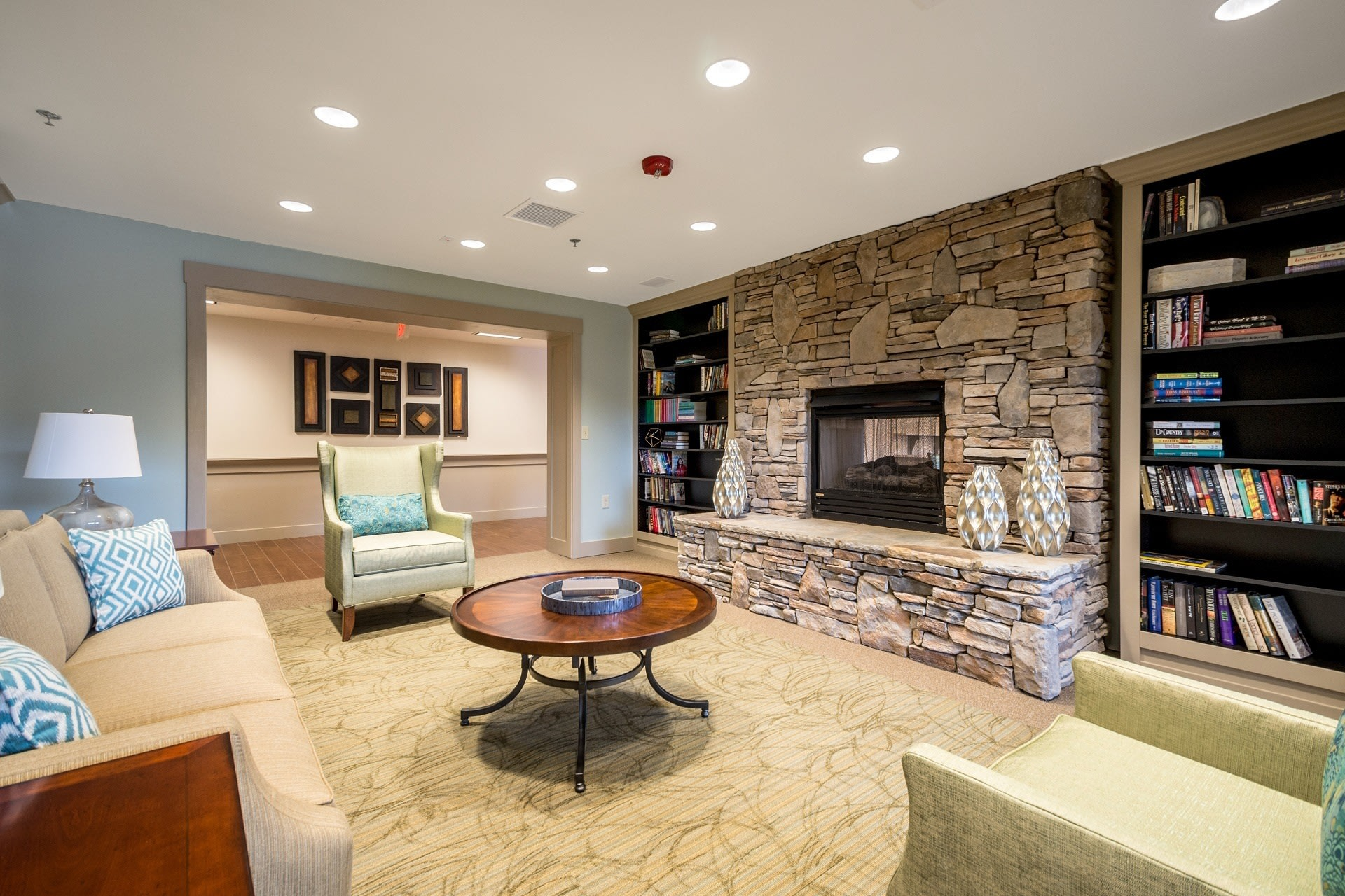 Senior living in Suwanee includes a library for residents