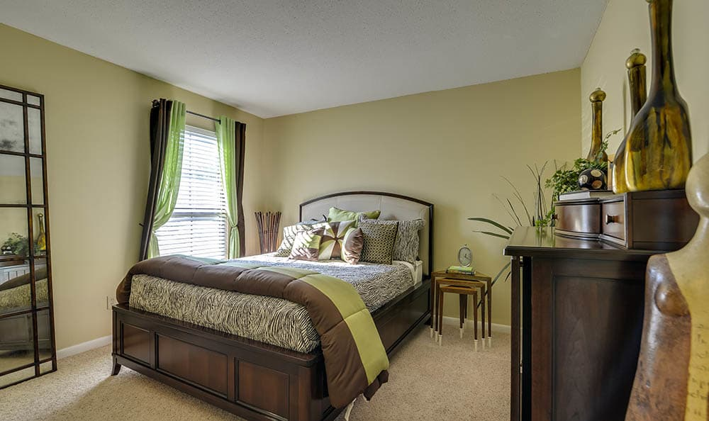 Beautiful Master Bedroom At Bay Oaks