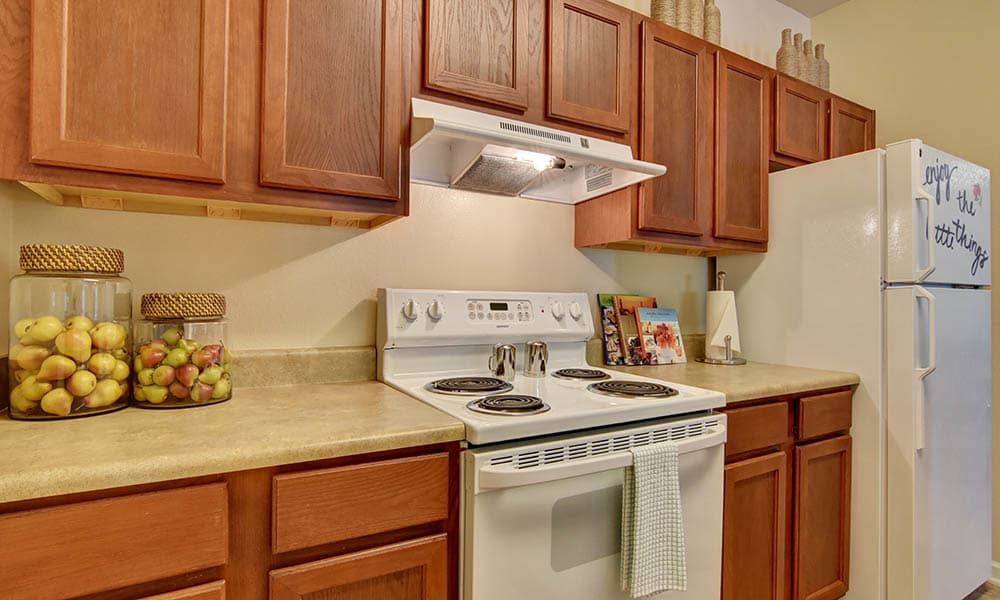 Fully Featured Kitchens At The Retreat at PCB