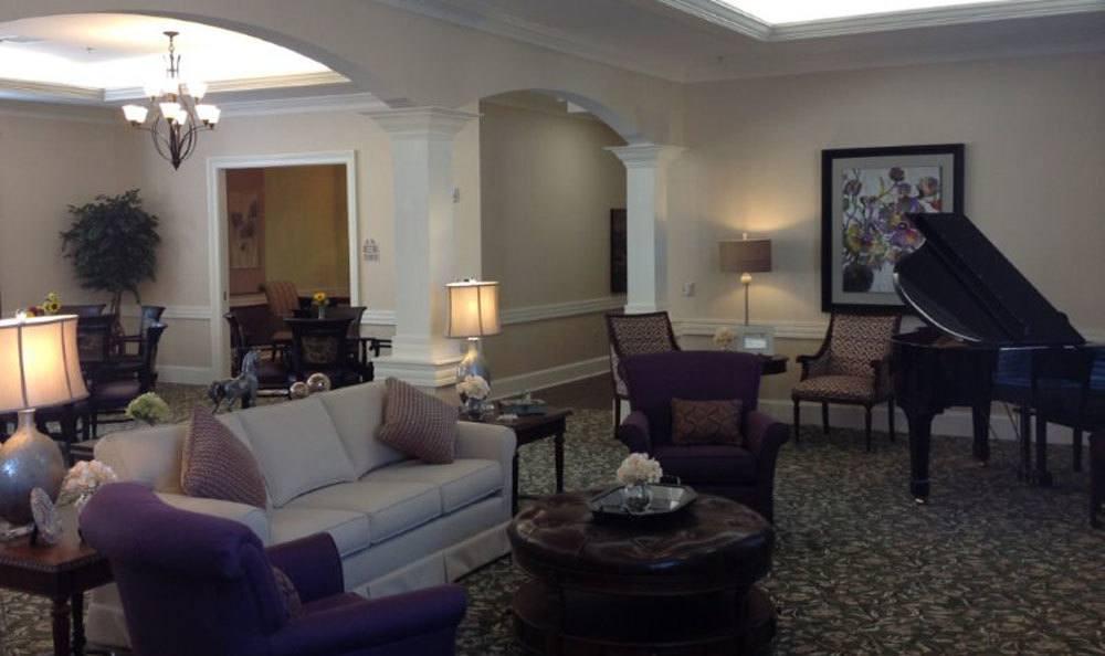 Living Room Benton House at Augusta