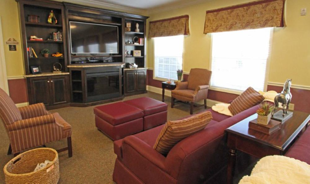 Large Inviting Lounge Room at Benton House of Tiffany Springs