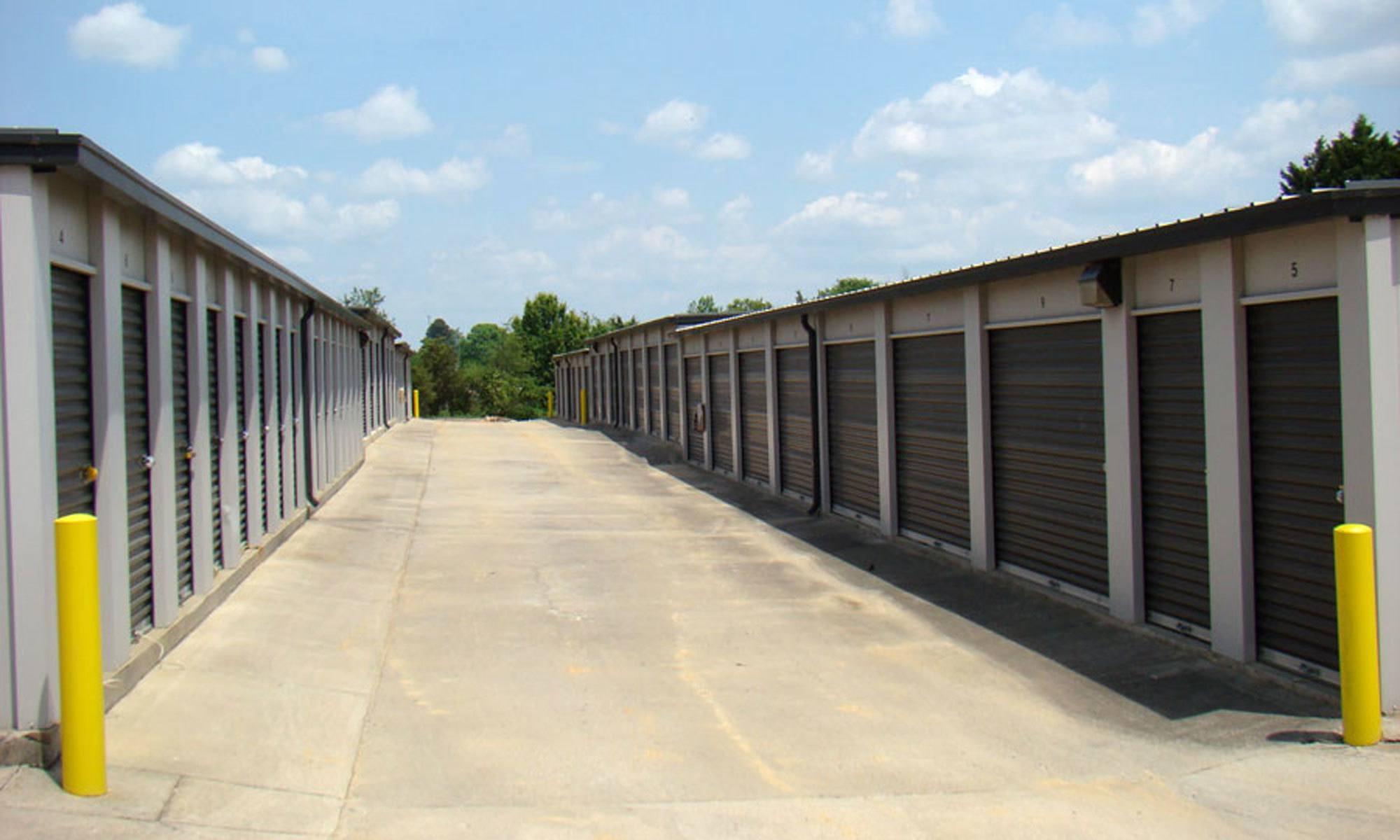 Self storage in Browns Summit NC