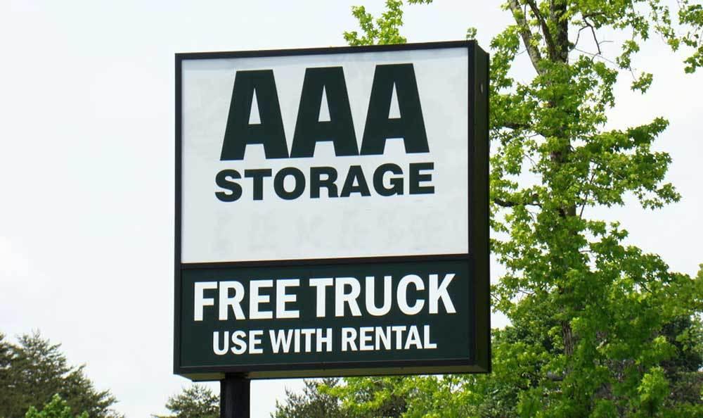 Greensboro, NC self storage facility