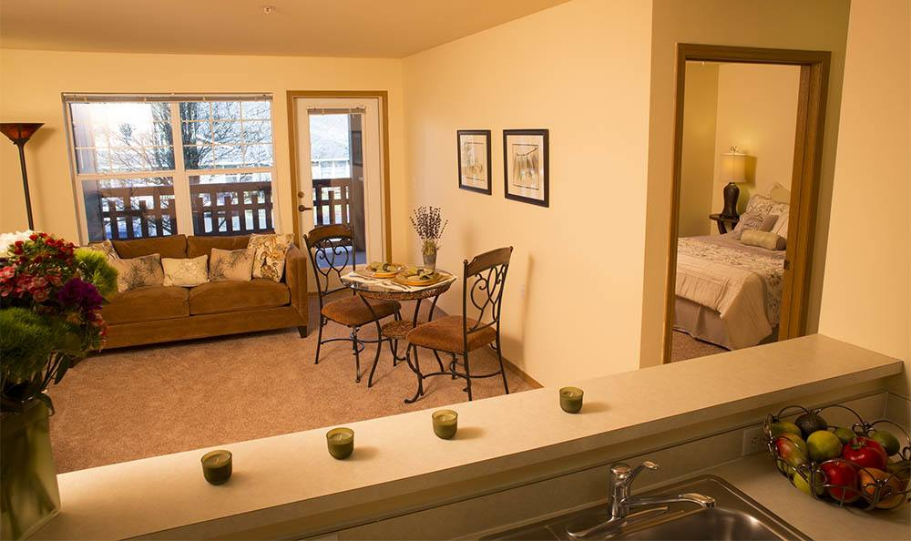 Find your new home at our senior living facility in Milwaukie, OR