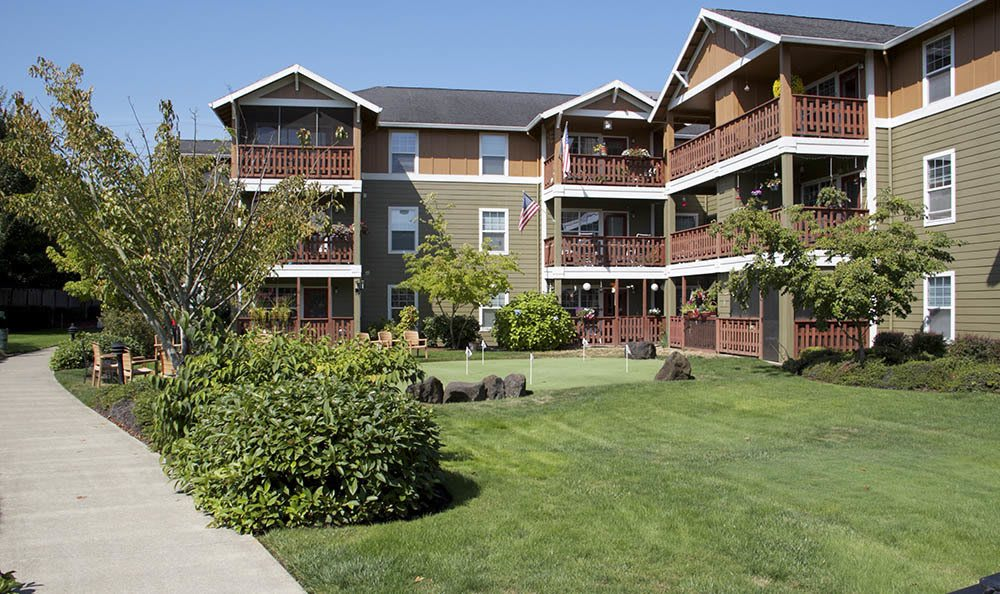 Find your new path at our senior living facility in Milwaukie, OR