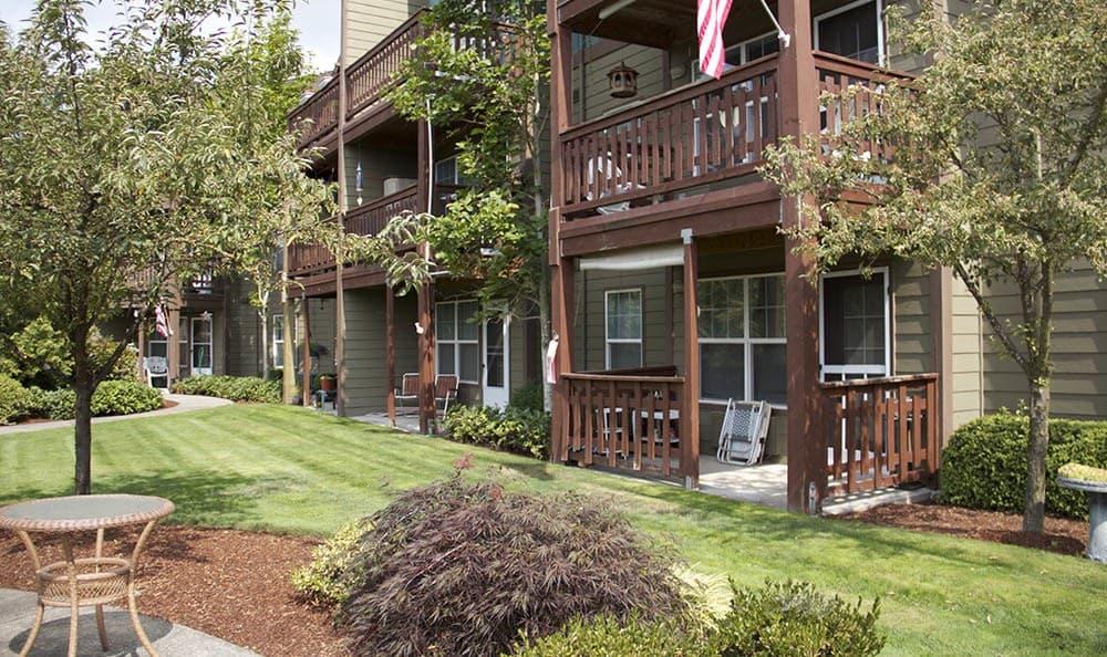Salem, OR senior living offers you a beautiful backyard