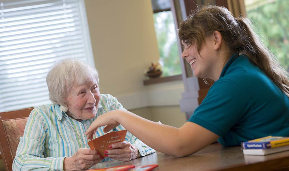 Our senior living facility in Salem offers new learning experiences daily