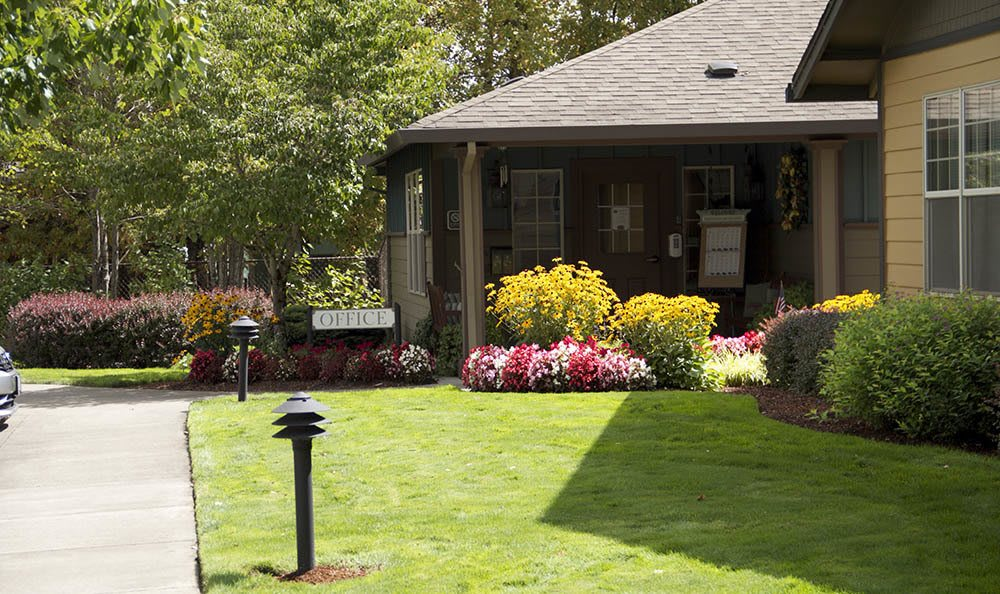 Our senior living office is always open to you in Salem, OR