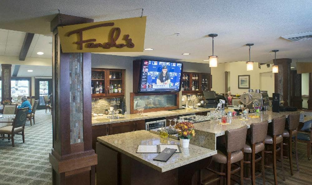 Enjoy our fancy dining at our senior living facility in Lake Oswego, OR