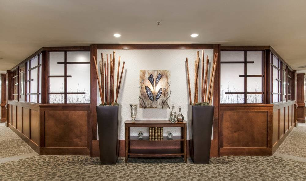 We give you a warm welcome to our senior living facility in Lake Oswego, OR