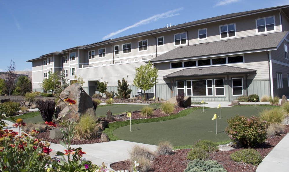 Our senior living facility backyard in The Dalles, OR comes complete with a putting course