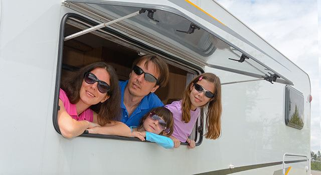 Need RV storage in Des Plaines, IL? Look no further than Metro Self Storage.