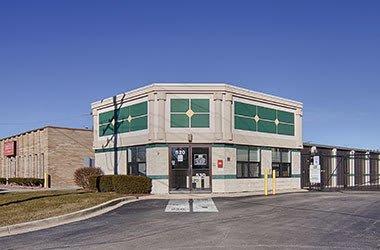 Nearby Palatine, IL Storage - West Colfax
