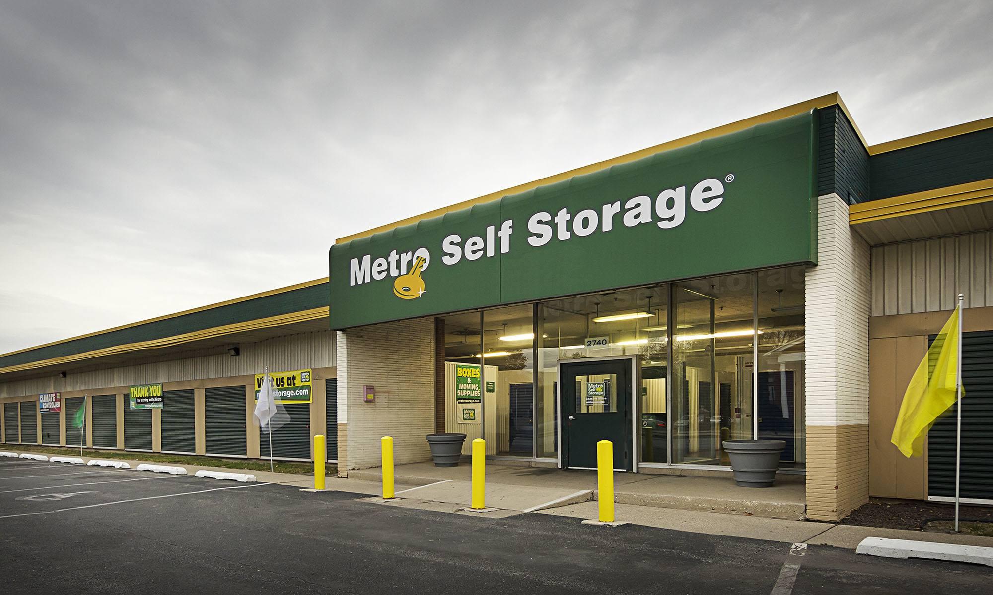 Metro Self Storage in Chicago, IL