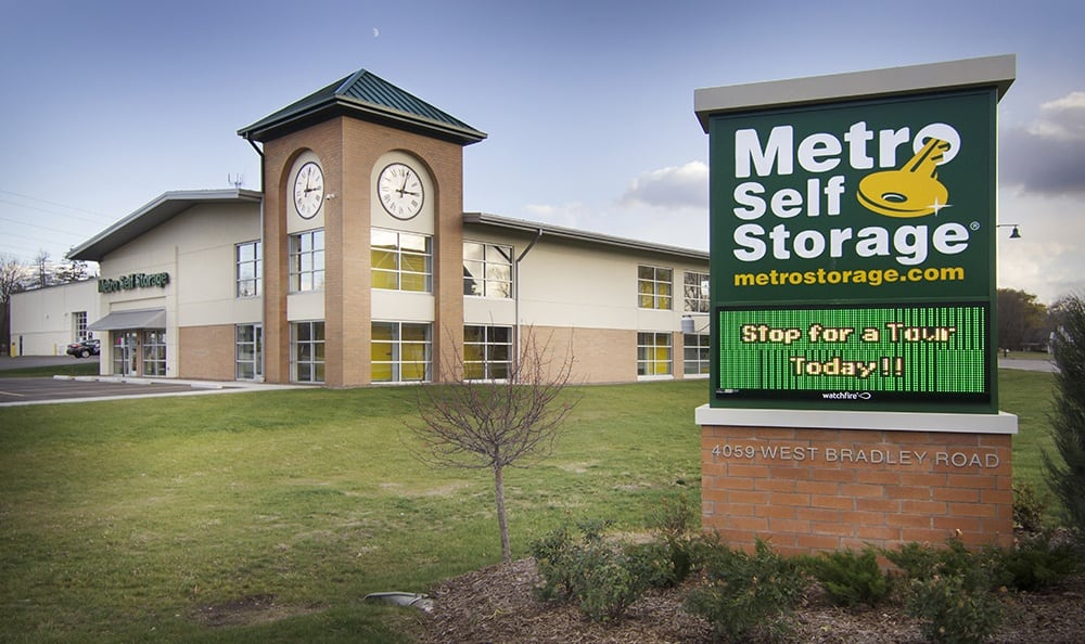 Metro Self Storage Bd Gallery Signage