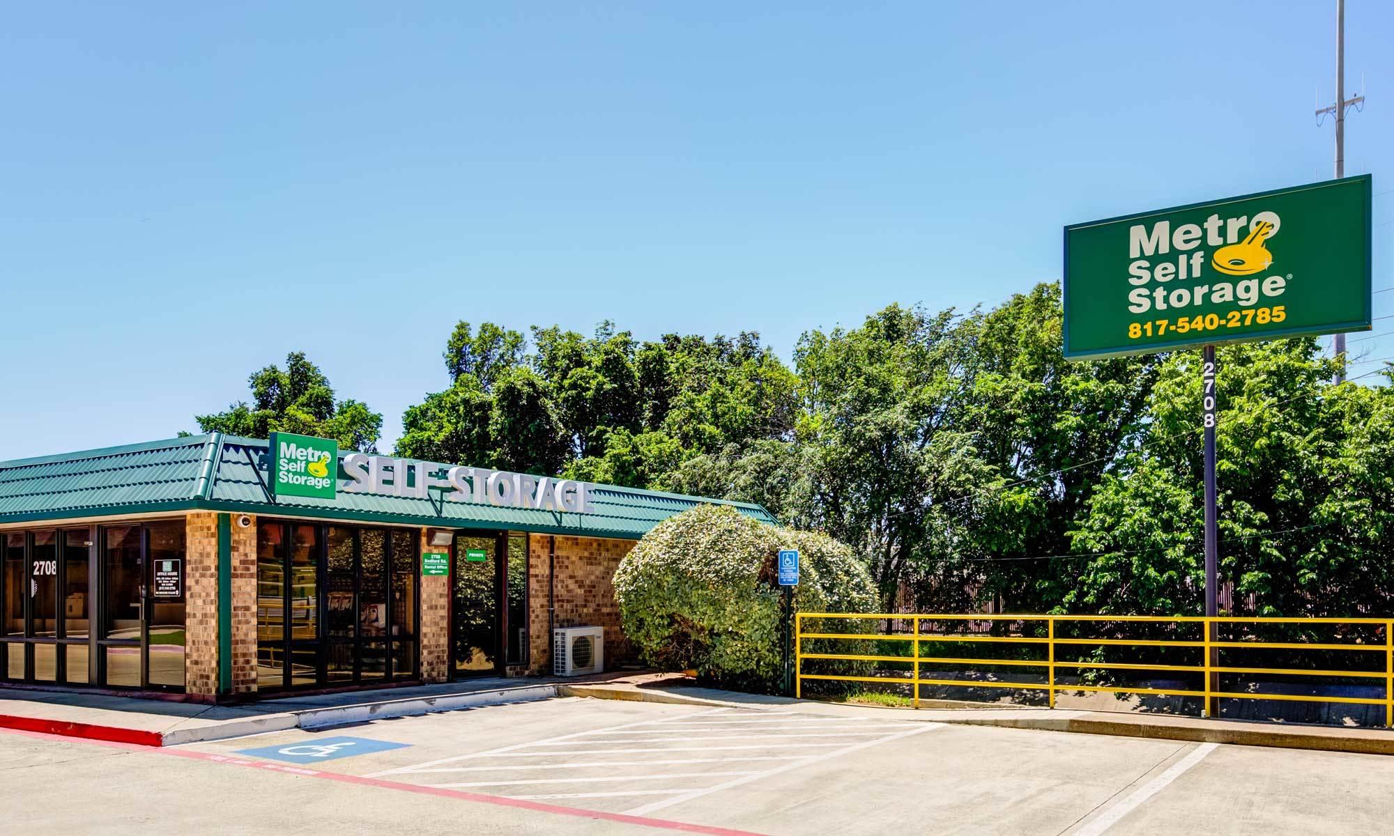 Metro Self Storage in Bedford, TX