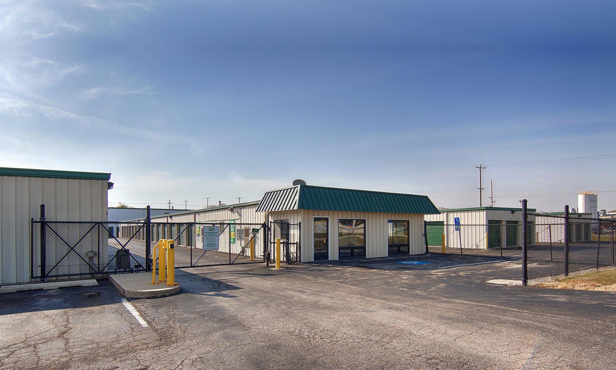 Metro Self Storage in Batavia, IL