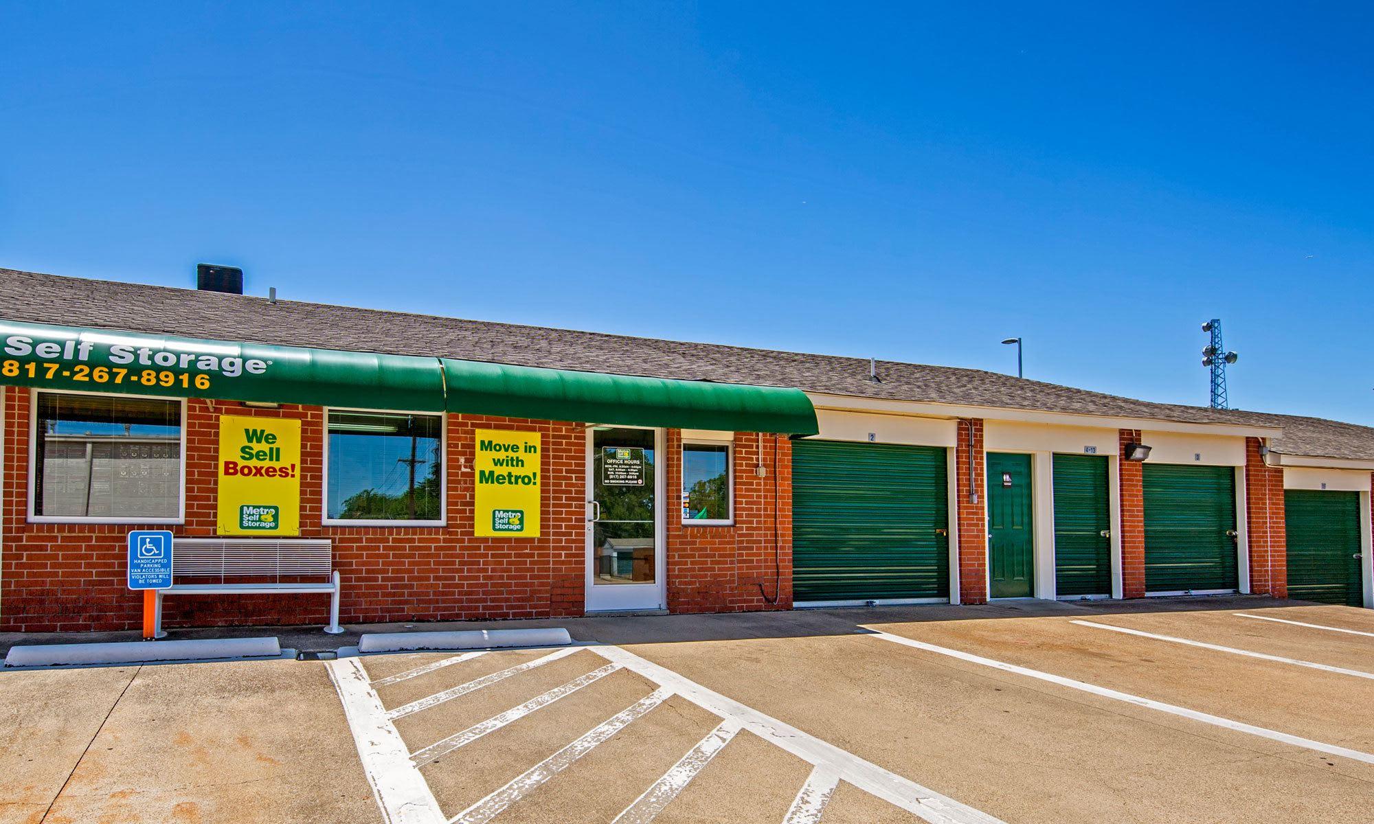 Metro Self Storage in Euless, TX