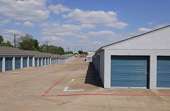 Metro Self Storage offers convenient storage solutions in Euless