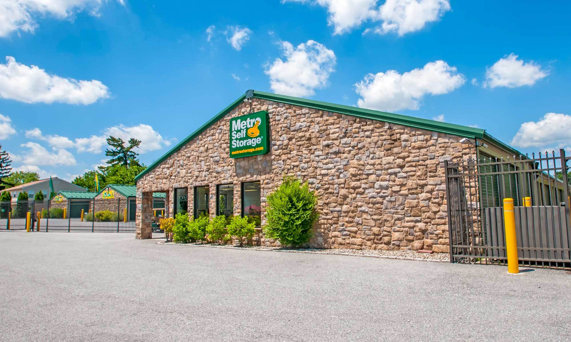 Metro Self Storage in Sharon Hill, PA