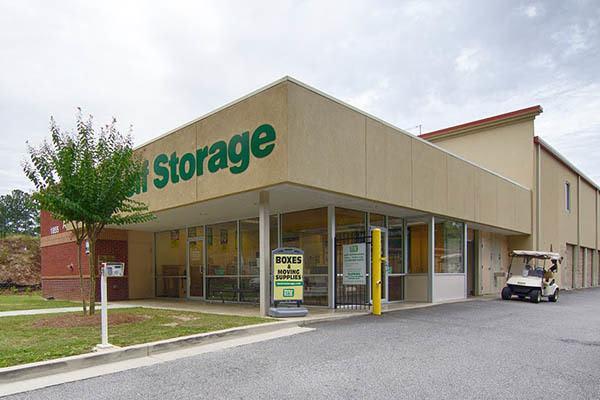 Exterior of Metro Self Storage in Lawrenceville, Georgia