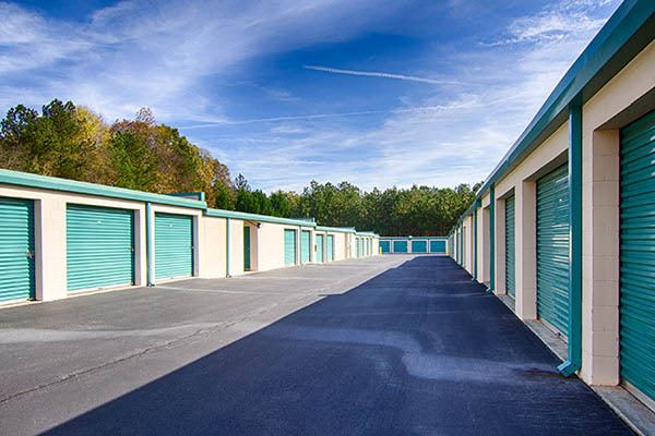 Metro Self Storage RS outdoor storage units