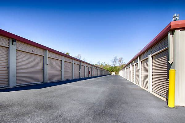 Metro Self Storage RX outdoor storage units