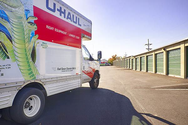 Metro Self Storage Wi U-Haul truck for rent