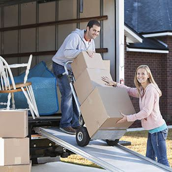 Simplify your move with a moving truck