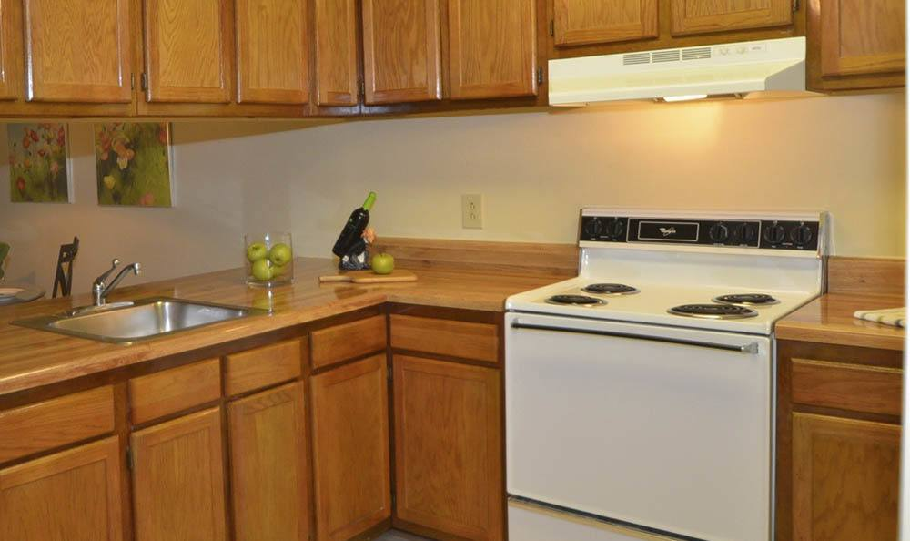 kitchen at Piper's Landing Apartments in Virginia Beach, VA