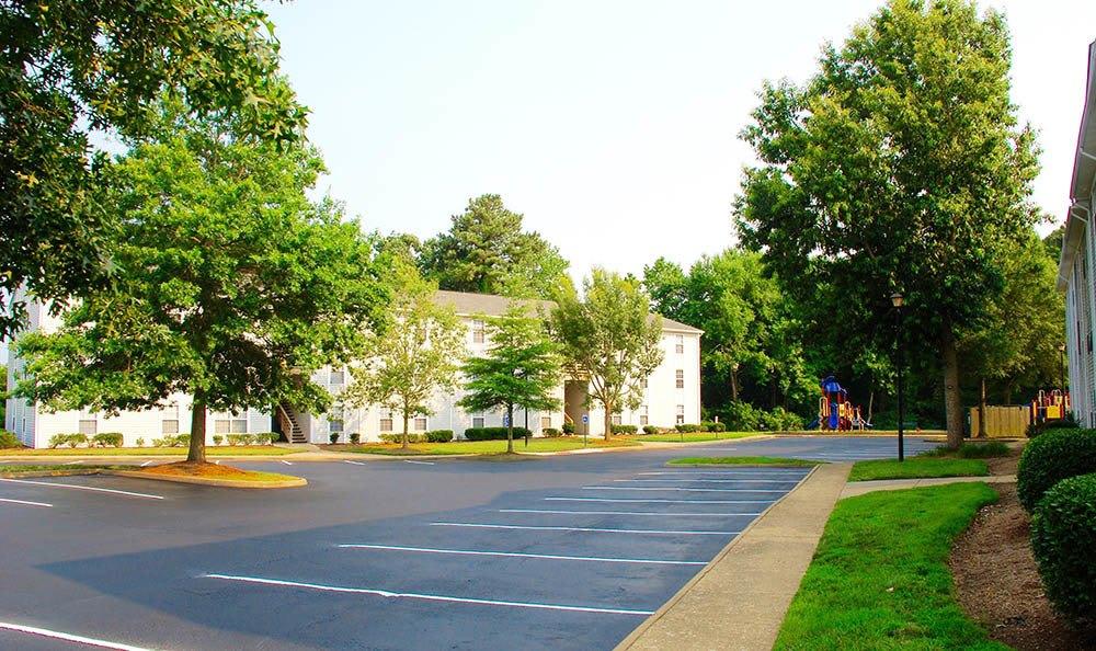 parking at Piper's Landing Apartments in Virginia Beach, VA
