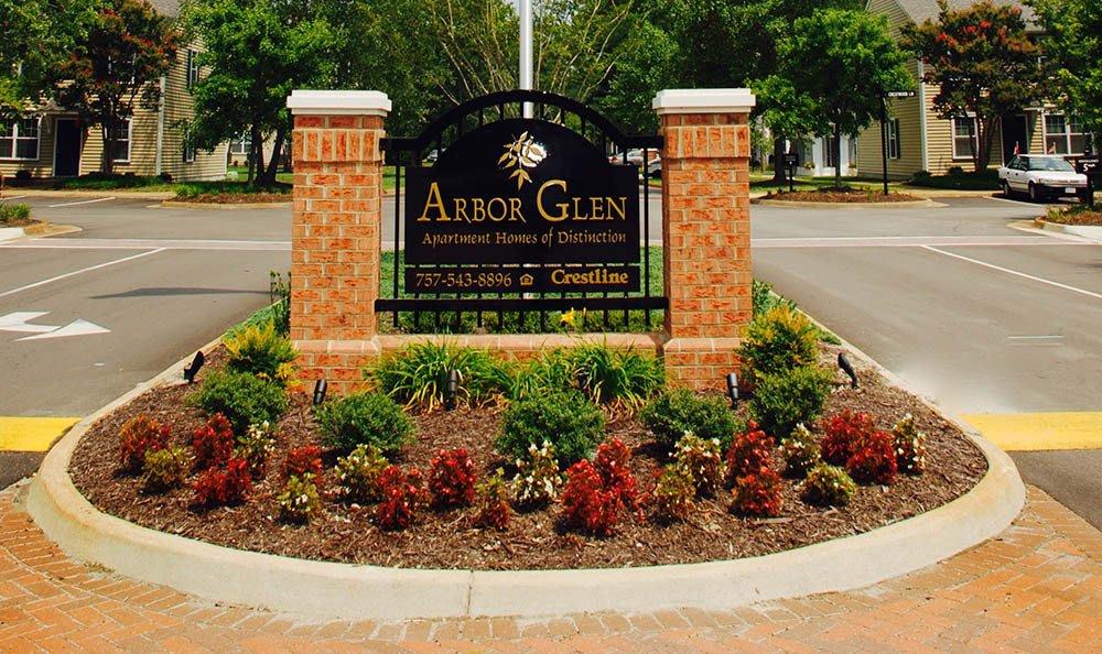 sign of Arbor Glen Apartments in Chesapeake, VA