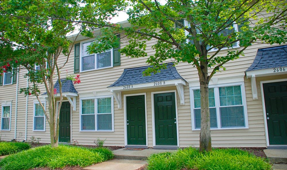 townhomes at Arbor Glen Apartments in Chesapeake, VA
