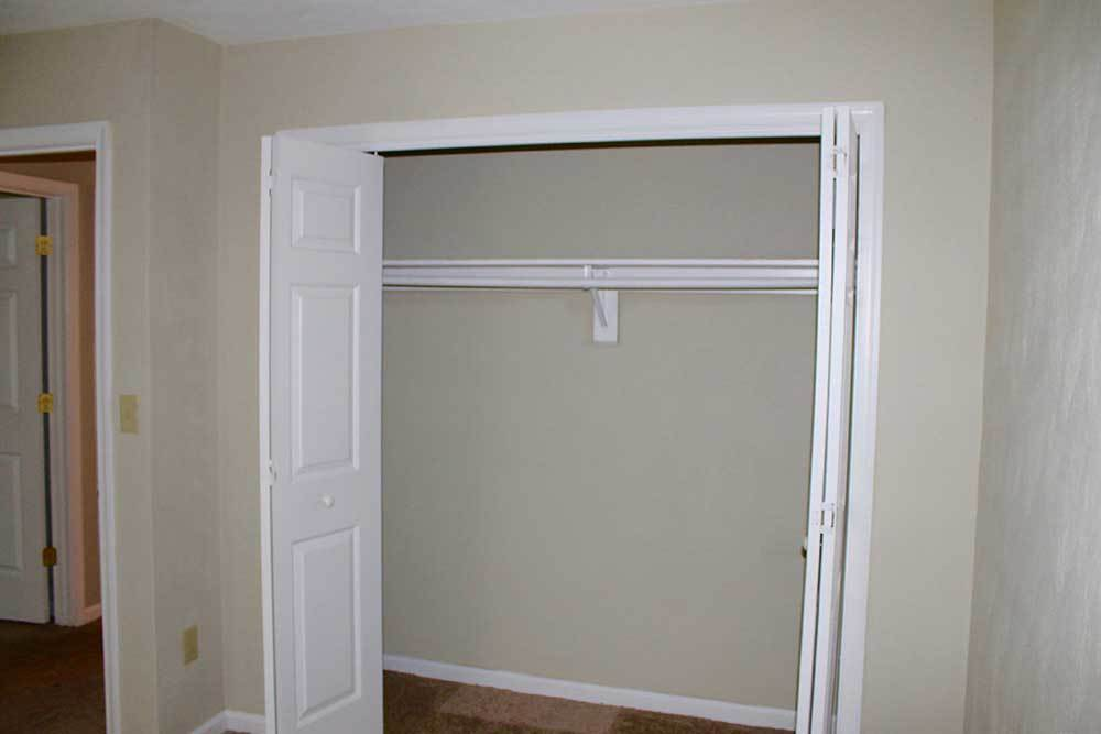 Guest Closet At Green Meadows Apartments