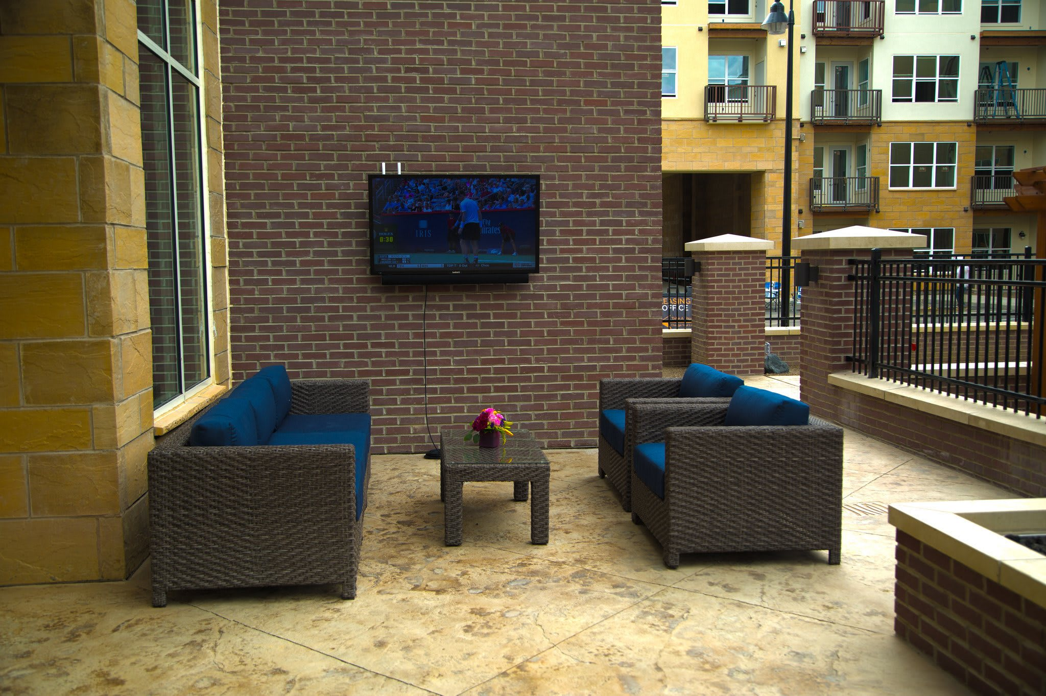 Apartments in Canonsburg has great outdoor seating