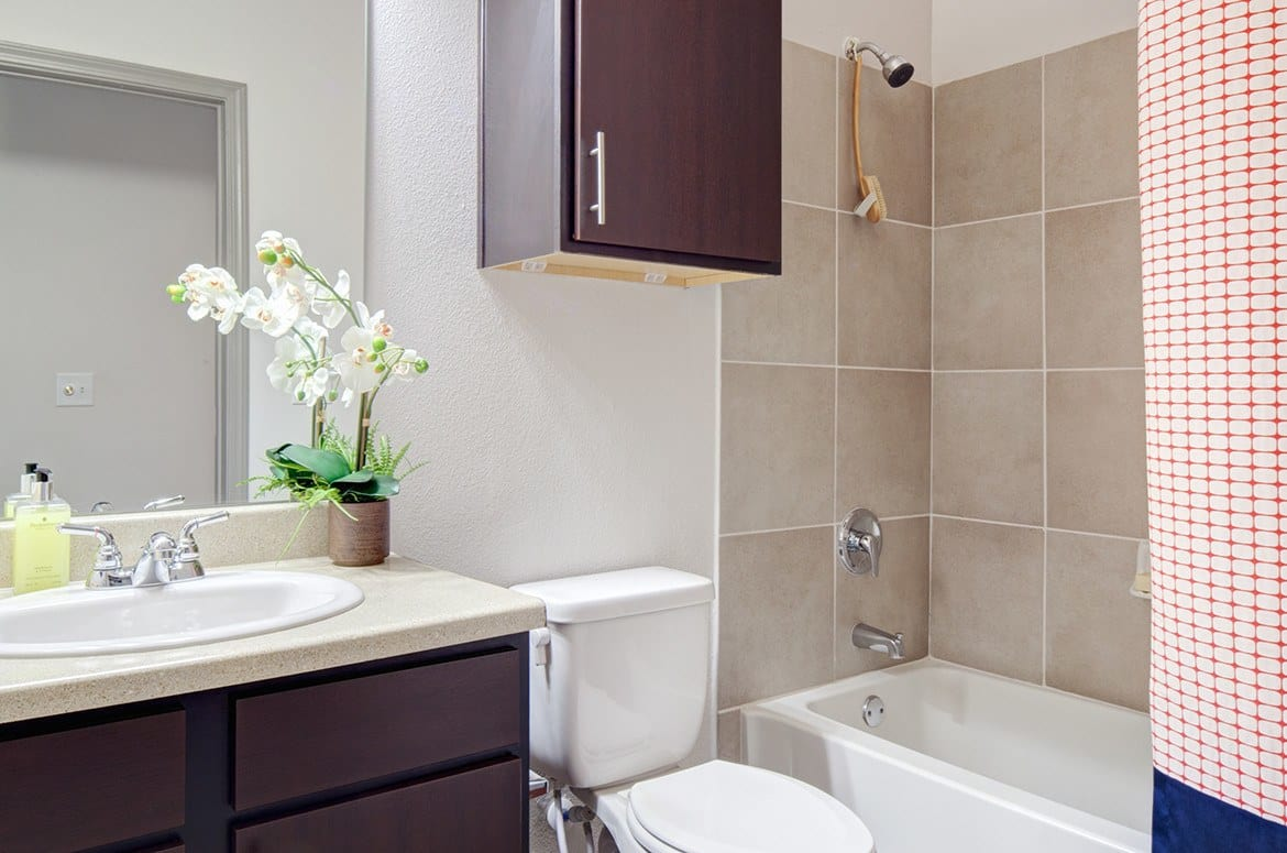 Modern conveniences are everywhere in the luxury apartments at The Academy at Frisco.