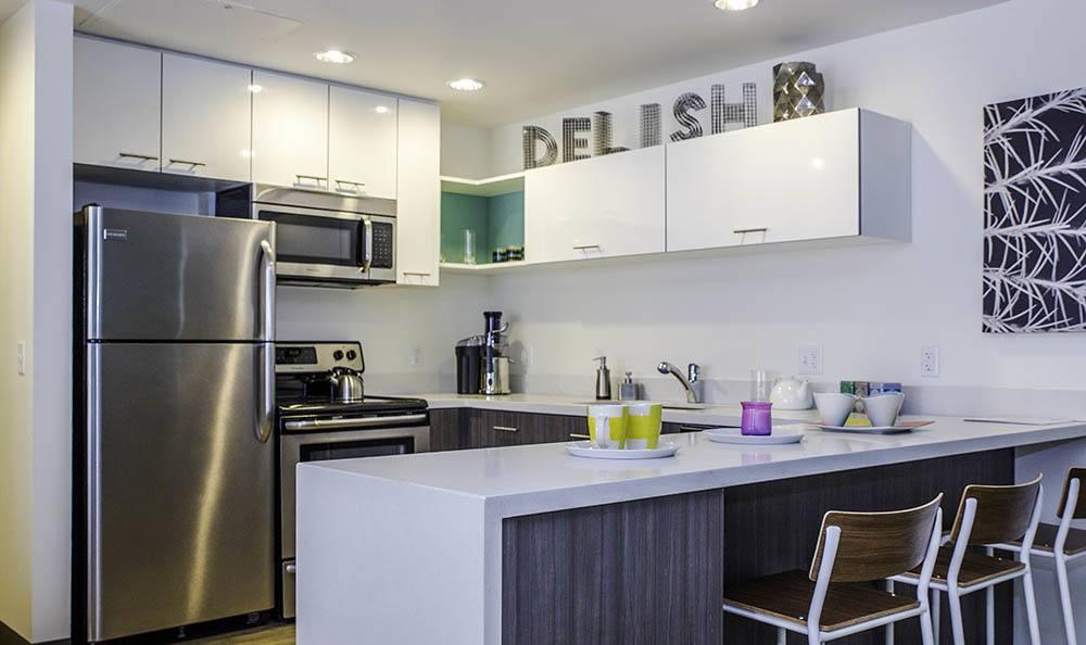 Apartments In Tucson Modern Kitchen