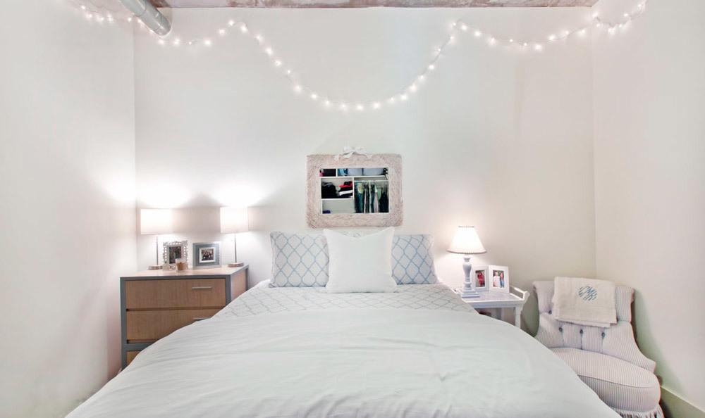 White Bedroom At Shortbread Lofts