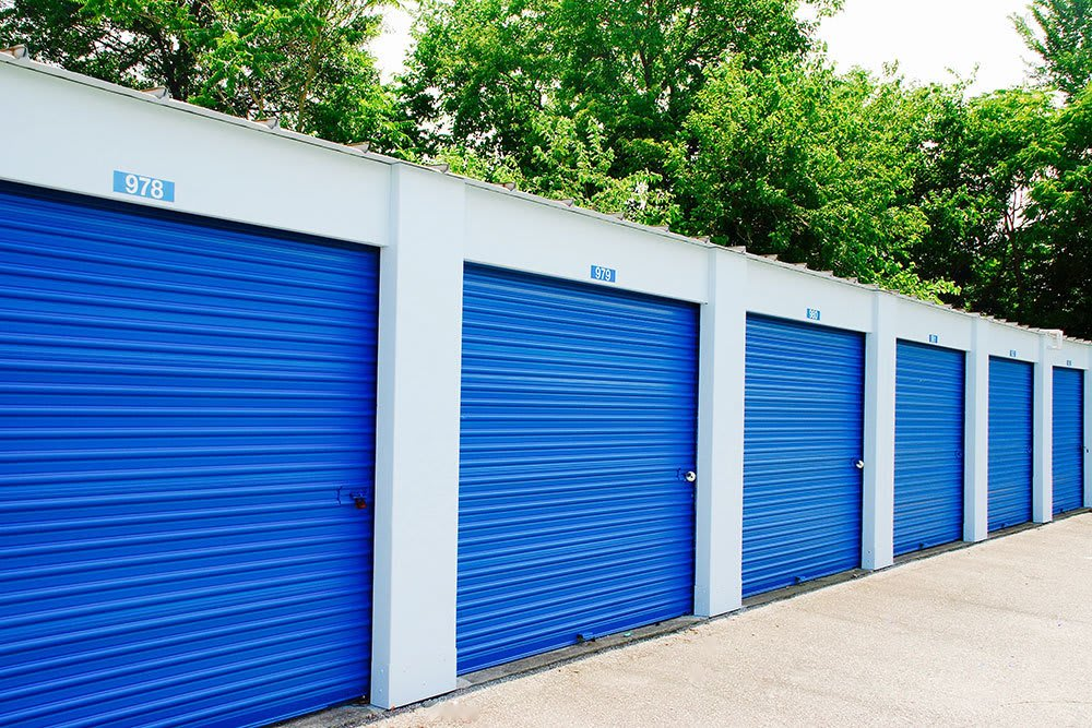 StorAway offers clean and secure self storage in Portsmouth
