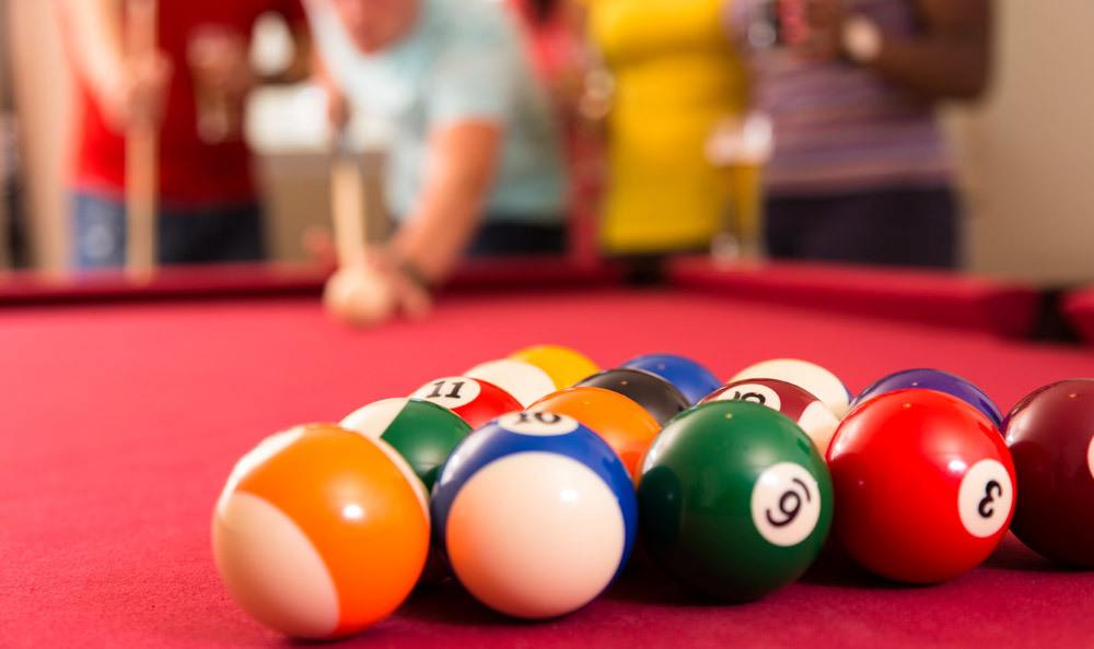 Pool Table At The Sapphire at Nassau Bay