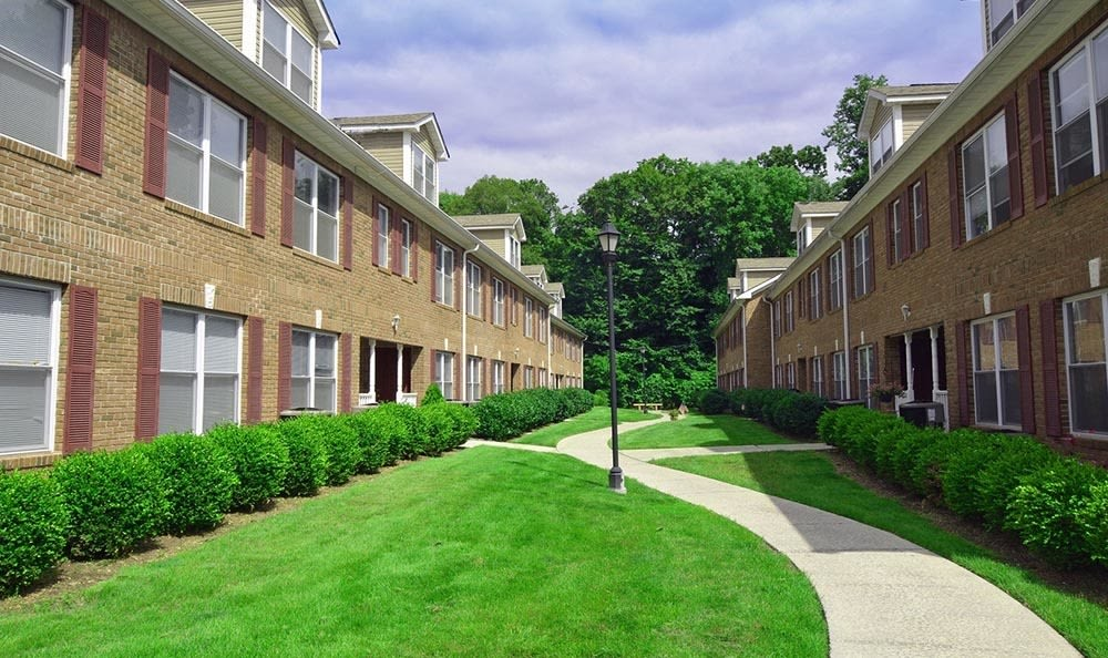 Exterior at apartments in Springfield, NJ
